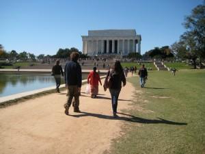 Yo & Jus head to Lincoln (Yo was very impressed!)
