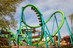 I heart roller coasters.