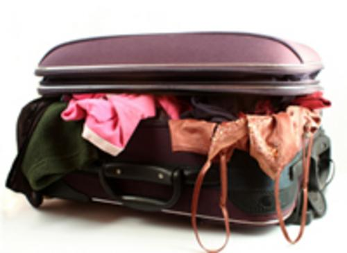 messy_suitcase_blog